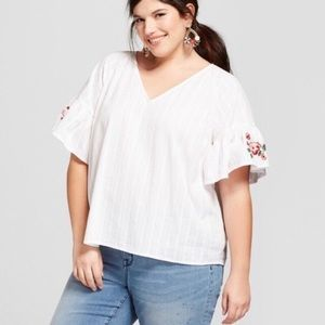 Ava & Viv Floral Embroidered Bell Sleeve Top 4X